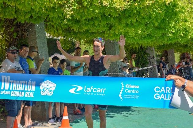 ismael madrid novillo ganador cuarto triatlon